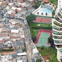 favelas-of-brazil-the-boundary-between-wealth-and-poverty