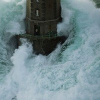 lighthouse-guard-in-mare-france-must-be-one-of-the-most-courageous-people-on-the-planet